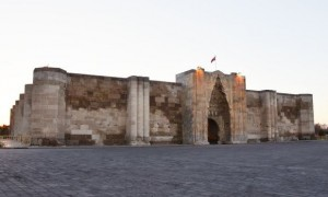 世界上唯一专供沐浴不耕作的白色梯田,很多人都去过,就在土耳其