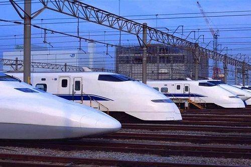 京沪高铁运营10周年 累计安全运送旅客13.5亿人次