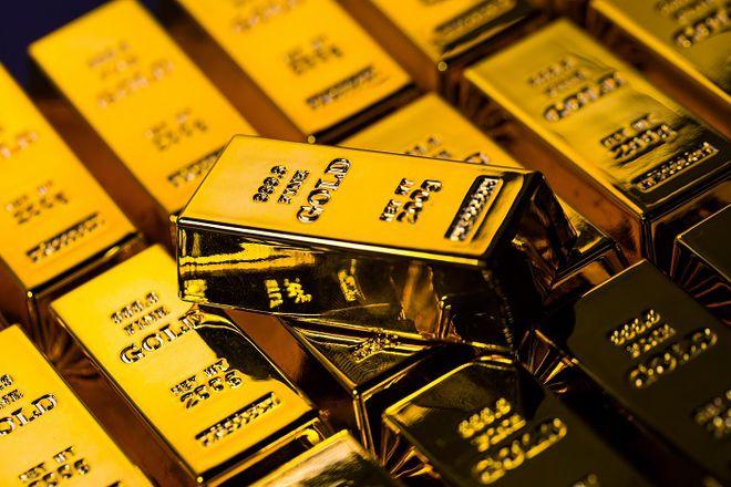 紫金矿业上半年净利润超60亿 黄金产业链爆发 机构预计金价或再上涨