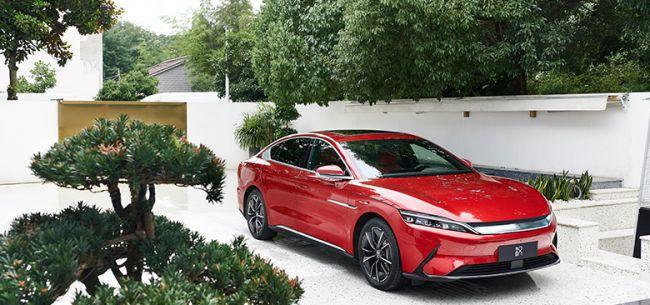 比亚迪全球月销量力压特斯拉 新能源车市场变天?